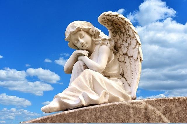 Ангели, Архангели и не позволения контакт с тях