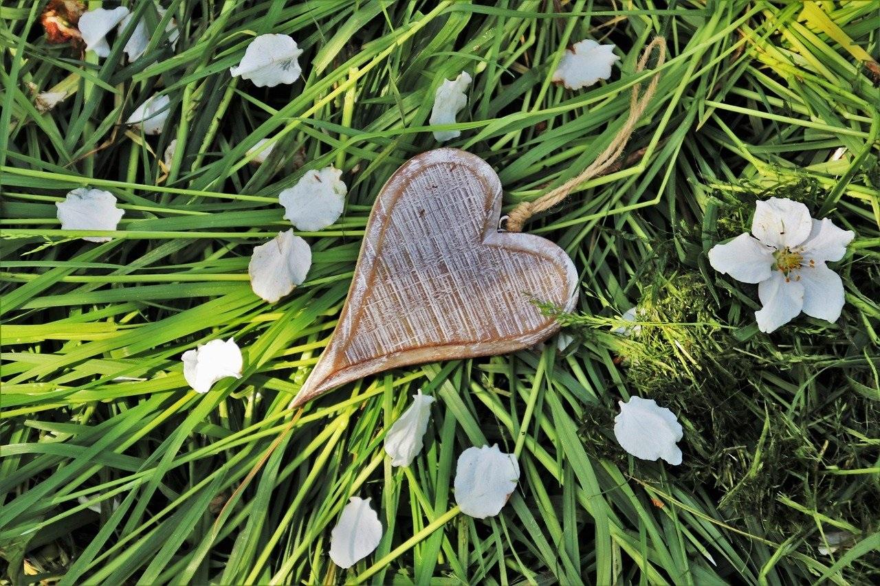 Как да привлечеш голяма любов и красива връзка със сродна душа?